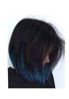 Hair Trends 2019 20 Coolest Blue Black Hair Shades - chic better Who does orange Short Blue Hair, Short Dyed Hair, Hair Color For Black Hair, Green Hair, Hair Streaks, Blue Hair Highlights, Pretty Hair Color, Aesthetic Hair, Hair Shades