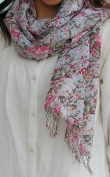 This scarf is made out of an old dress, from a thrift store !? I'm making one of these SOON.