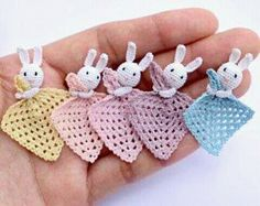 One miniature baby safety blanket (lovey blanket, huggy blanket) in scale for your dollhouse. Handmade crocheted by me with fine silk thread, the head and Crochet Mini Baby Shower Favors with Free Patterns Learn how to make the buttonhole stitch which is Easter Crochet, Crochet Bunny, Crochet Animals, Crochet Dolls, Free Crochet, Knit Crochet, Lovey Blanket, Baby Blanket Crochet, Crochet Gifts