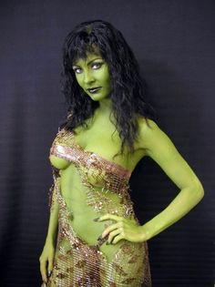 cultqueens: Menina Fortunato, Star Trek (Orion slave girl)