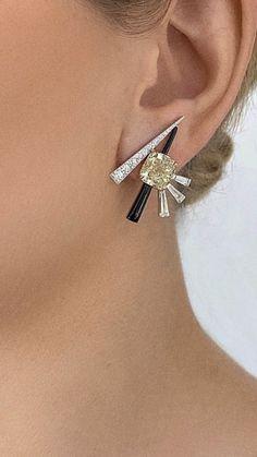 Ear Jewelry, High Jewelry, Cute Jewelry, Modern Jewelry, Jewelry Art, Jewelery, Jewelry Design, Antic Jewellery, Fashion Earrings