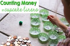 Money Game for Kids - Fun, hands on math activity for kids 1st-4th grade! #mathgames