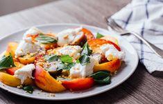Si estás cansado de las tradiciones ensaladas te proponemos unas recetas para hacer ensaladas sin lechuga que darán un toque original a tus comidas.
