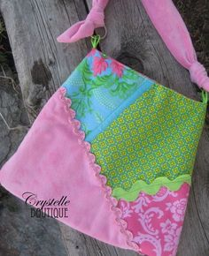 Melissa Handbag {Free Purse Pattern} by Crystelle Boutique