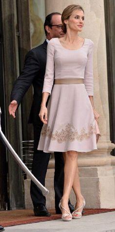 Resultado de imagen para reina letizia looks