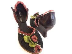 Two Lips High Wedge Sandals Peep Toe by BargainSeekersIntl on Etsy