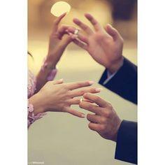 Said Mhamad photography Pre Wedding Poses, Wedding Picture Poses, Pre Wedding Photoshoot, Wedding Pics, Wedding Shoot, Engagement Announcement Photos, Engagement Pictures, Wedding Couple Poses Photography, Engagement Photography