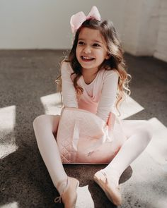 Flo Dancewear creates girl's clothing inspired by ballet and dance. Using super-soft fabrics your little ballerina will love wearing. Sizes 3 - 7 years. Ballet Basics, Ballet Shoes, Dance Shoes, Australian Ballet, Little Ballerina, Ballet Beautiful, Dance Wear, Leotards, Soft Fabrics
