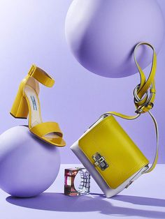 Judy Inc: Joe Saraceno photographs spring accessories for the latest issue of Dress To Kill Magazine! Advertising Photography, Commercial Photography, Foto Still, Fashion Still Life, Shoes Photo, Prop Styling, Fashion Photography Inspiration, Lavender Color, Lilac