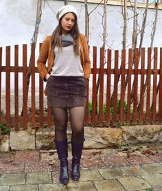 Earthy tones | Fashion Sofa Sofa Styling, Earthy, Leather Skirt, Skirts, Blog, Fashion, Moda, Leather Skirts, Skirt