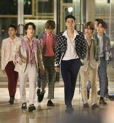 Check out Super Junior @ Iomoio Eunhyuk, Lee Donghae, Choi Siwon, Kim Heechul, Magazine Cosmopolitan, Instyle Magazine, K Pop, Super Elf, Super Junior Donghae