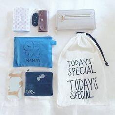 ポーチや巾着袋も、お気に入りのアイテムを選ぶと、楽しくかばんの中を整理できますね。