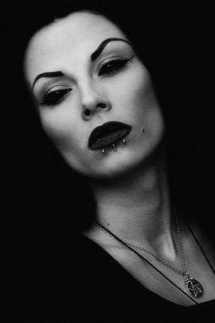 Gothic Fashion   goth gothic style fashion girl women mortycia https://www.facebook.com/alternativestylepolska