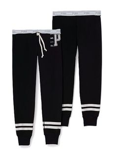"""Gym Pant PINK  JC-326-762 (4MT) Our slimmest pant yet! Extra stretchy with a soft sweatpant feel—meet the gym pant. Perfect for that street sport look. Must-have sweats by Victoria's Secret PINK. Our slimmest fit Exposed logo elastic Banded bottom Cozy, supersoft fleece 29""""inseam Imported cotton/polyester"""