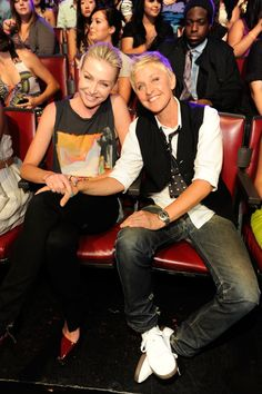 Pin for Later: Ellen DeGeneres and Portia de Rossi Have the Look of Love Down  Portia and Ellen enjoyed the August 2011 Teen Choice Awards from the front row.
