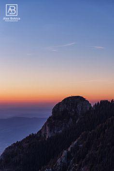 Cozia Mountains #Romania #mountains #sunrise #Cozia #alexbobica