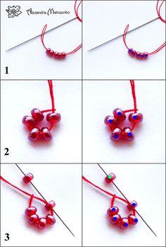 Frambuesa hecha con tejido con cuentas – mostacilla. ~ Arte & Reciclaje