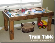 DIY Wooden Train Table