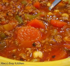 Mary's Busy Kitchen: Fuel Your Body With This Super Loaded Ground Turkey & Vegetable Soup Turkey Vegetable Soup, Ground Turkey Soup, Veggie Soup, Egg Free Recipes, Bean Recipes, Healthy Recipes, Yeast Free Diet, Navy Bean Soup, Homemade Dinner Rolls
