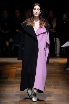 See the complete Marques ' Almeida Fall 2017 Ready-to-Wear collection.