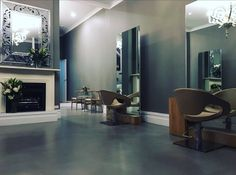"""Let's introduce you to Michael Strugnell  salon  in Melbourne. Australians would know of Micheal  as former Shibui and co owner of the very successful  Strugnell and Cole Salon…...This is a beautiful """"one on one"""" space with hair mastro Michael. Find Iles Formula here…………….. 88 Park Rd, Middle park, VIC 3206, Ph 03 9534 8868"""