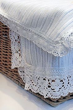 Storybrook Seedstitch Rib Lace Trim Blanket by ASI