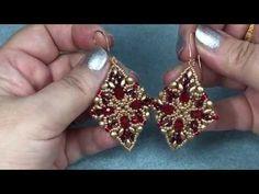 TUTORIAL ORECCHINI BIG HOLIDAY! DIY TUTORIAL BIG HOLIDAY EARRINGS! - YouTube Paper Bead Jewelry, Jewelry Making Beads, Jewelry Making Tutorials, Beaded Jewelry, Beaded Earrings Patterns, Seed Bead Earrings, Diy Earrings, Beaded Bracelets Tutorial, Earring Tutorial