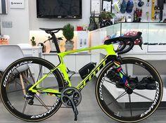 Road Cycling, Cycling Bikes, Skates, Bike Trails, Biking, Push Bikes, Fat Bike, Bike Style, Bike Run