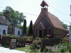 1895 coastal NC. church to home remodel. 1/1 cute as heck