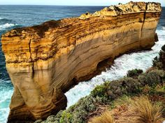 THE RAZORBACK  Great Ocean Road - VIC Australia . Natural Wonders of The Great Ocean Road. Victoria Australia. . Belezas Naturais da Great Ocean Road. Victoria Austrália. . #australia #australesius2016 #australiatravel #aussietrip #oz #greatoceanroad #victoria #vic #victoriaaustralia #therazorback #worldtravelpro #igersaustralia #princeton #mochileiros #mochileirosgrupofechado #brnomads #brazilnomads #australianomads #portcampbell  #visitaustralia #worldnomads #razorback  #trupedatrip…