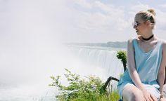 Anna mit dem Armband Circle -Travel with us 2/25 – Niagara Fälle #jewelry #armband #kreis #geometrisch #schmuck #schlicht