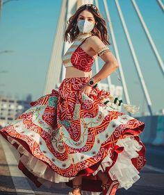 Garba Dress, Navratri Dress, Lehnga Dress, Mehndi Dress For Bride, Navratri Garba, Indian Bridal Outfits, Indian Bridal Fashion, Indian Designer Outfits, Indian Designers