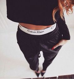 grafika fashion, Calvin Klein, and girl Calvin Klein Femmes, Ropa Interior Calvin, Calvin Klein Sweatpants, Calvin Klein Outfits, Sport Outfit, Sweatpants Outfit, Mein Style, Calvin Klein Underwear, Teen Fashion