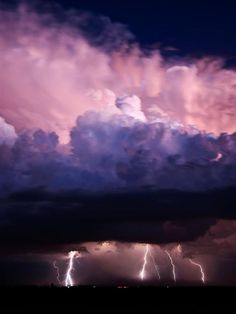 One of my favorite things about nature-- are the thunder storms she puts on!