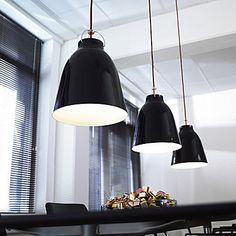 Lightyears  Caravaggio P2 Pendelleuchte  Artikelnr. 57713.026  Ausgewählte Farbe: schwarz/rot
