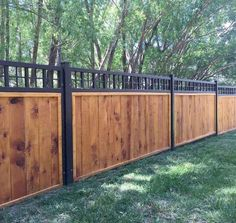 Inexpensive Diy Backyard Privacy Fence Design Ideas On A Budget