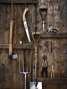 huamao - potting shed - gardening tool organization