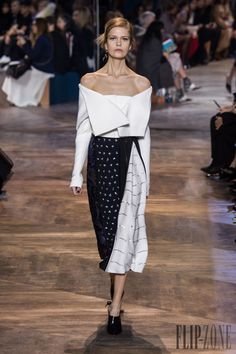 Christian Dior – Spring-Summer 2016 Couture