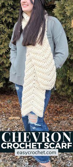 Josie Chunky Crochet Scarf Pattern via @easycrochetcom Chunky Infinity Scarf Crochet, Chunky Crochet Scarf, Crochet Cowls, Crochet Scarves, Free Crochet, Crochet Shirt, Chevron Crochet, Easy Crochet Scarf Patterns, Crochet Ideas