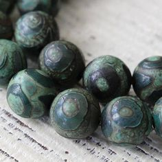40 pce Antique Style Etched Rondelle Acrylic Beads 14mm x  6.5mm