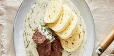Koprová omáčka Hummus, Mashed Potatoes, Treats, Dishes, Ethnic Recipes, Food, Kitchens, Whipped Potatoes, Sweet Like Candy
