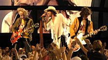 Brad Whitford, Steven Tyler, and Joe Perry of Aerosmith performing at the NFL Kickoff in Washington DC on September 2003 Joe Perry, Rock Bands, Hamilton, 70s Songs, Steven Tyler Aerosmith, Rock Anthems, System Of A Down, Song List, Musik
