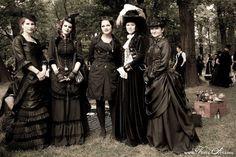 Mourning Dress | Mourning Fashion of the Victorian Era | Pinterest