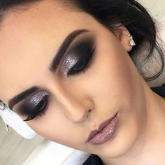 46 Stunning Makeup Ideas For Daily You Can Try 46 Stunning Makeup Ideas For Daily You Can TryBeing addicted to makeup isn't necessarily a terrible thing, provided that the addiction doesn Glam Makeup, Love Makeup, Makeup Inspo, Bridal Makeup, Wedding Makeup, Makeup Inspiration, Hair Makeup, Awesome Makeup, Simple Makeup