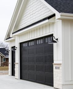 "109 Likes, 16 Comments - Oakstone Homes 🏡 (@oakstonehomesiowa) on Instagram: ""9ft garage doors for the win! 🙌🏼 #oakstonehomes"""