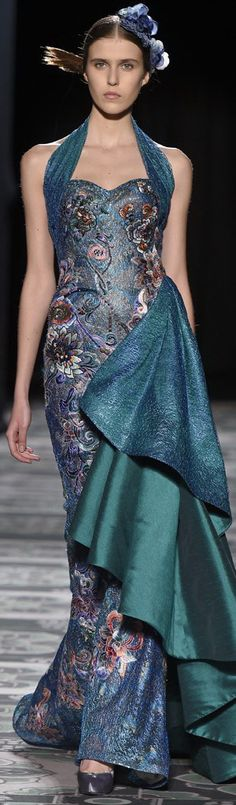 Laurence Xu Couture Spring V Haute Couture Gowns, Couture Fashion, Runway Fashion, High Fashion, Beautiful Gowns, Beautiful Outfits, Traje A Rigor, Floral Fashion, Fashion Design