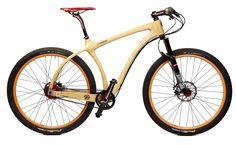 Wooden bicycle - kulere enn det blir det ikke....