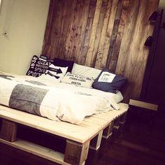 FAVORITE WORKS DIYパレットベッドのインテリア実例