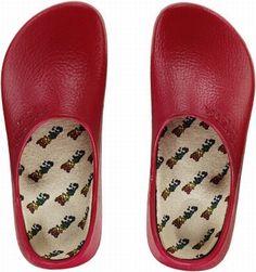 alpro-foam super-birki red clog with replaceable linen-lined cork footbed Birkenstock Arizona, Crocs, Footwear, Sandals, Red, Fashion, Moda, Shoes Sandals, Shoe