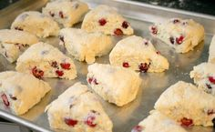 Ingredients Cranberry Orange Scone Recipe: 2 cups all-purpose flour ½ cup sugar + more for topping 3 teaspoons baking powder ½ teaspoon salt ½ cup stick) cold butter ½ cup fresh cranberries ¾ – 1 cup heavy cream 1 tablespoon orange juice 1 tablespoon Easy Cookie Recipes, Dessert Recipes, Easy Recipes, Simply Recipes, Healthy Recipes, Sweet Desserts, Dessert Ideas, Easy Desserts, Recipes